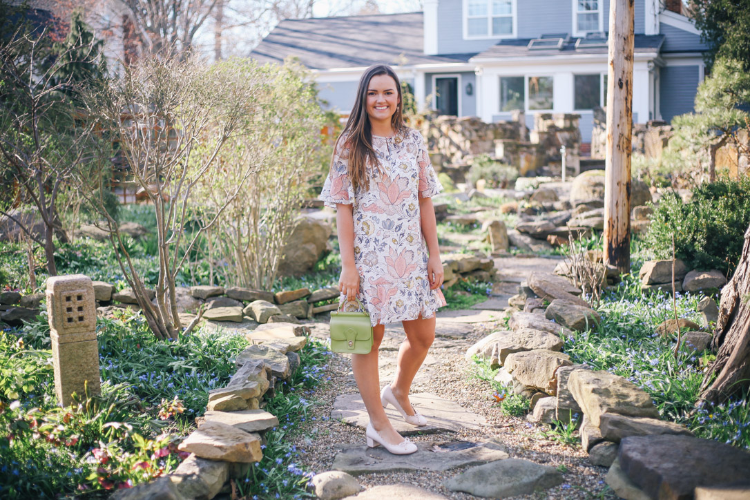 Spring and Summer Fashion Style Round Up Loft Multi Color Floral Dress with DSW Pink Heels and Green Small Handbag in Hudson, Ohio- Simply Poised Fashion @rachellaurenlucy simplypoisedfashion.com