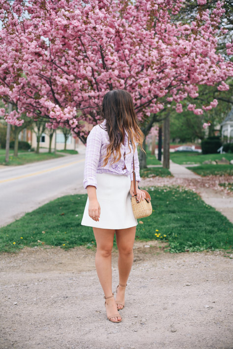 Spring and Summer Fashion Style Round Up Frank and Eileen Purple and White Button Down- J Crew White Skirt and Seagrass Wicker Crossbody and Target Heels- Simply Poised Fashion @rachellaurenlucy simplypoisedfashion.com